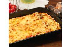 PIZZA NA GRUBYM SPODZIE - SMAK DZIECIŃSTWA - MumMe Mozzarella, Macaroni And Cheese, Pizza, Baking, Ethnic Recipes, Easy, Food, Mac And Cheese, Bakken