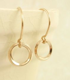 I love the simplicity of these gold earrings!