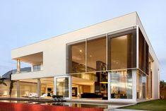 Casa Capital by Ney Lima Architects 1
