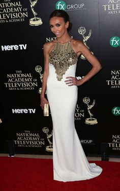 Fan Favorite winter at the 2014 Day Time Emmy Awards Giuliana Rancic looking white HOTT #glowinggoddess
