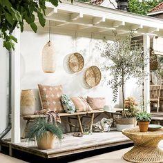 Mediterranean terrace @vtwonen styling by @moniekvisserstyling and photography by @sjoerd_eickmans @letoileconceptstore @sissyboy1982 #mediterranean #terrace #styling