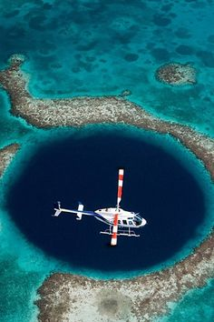 g8 pictures: The Great Blue Hole, Belize