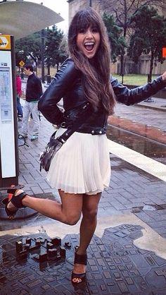 look rocker com saia e jaqueta - http://vestidododia.com.br/estilos/estilo-glam/estilo-glam-rock/conheca-o-estilo-glam-rock/