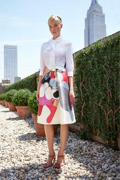 Платье с интересным узором — фото новинка сезона в коллекции Carolina Herrera весна-лето