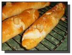 Sádlové rohlíky (neboli Rohlíky jako dech) – PEKÁRNOMÁNIE Hot Dog Buns, Hot Dogs, Food And Drink, Bread, Brot, Baking, Breads, Buns