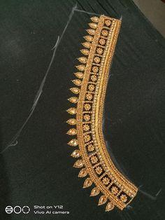 Kids Blouse Designs, Hand Work Blouse Design, Simple Blouse Designs, Blouse Back Neck Designs, Dress Designs, Sleeve Designs, Simple Designs, Pattu Saree Blouse Designs, Blouse Designs Silk