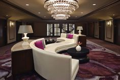 Providing lounge furniture can be functional, but with can also add a sleek design to the space. Shelby Williams banquet and booth seating is fully customizable to create the perfect piece for your environment.  Photo: Chicago Hotel Photo Gallery - Hilton Chicago hotel