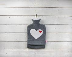 Wärmflasche - Graumeliert mit weißen Herz von tumult-berlin via dawanda.com
