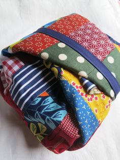 Inspiring post about making your own GiveWrap, reusable giftwrapping inspired by Japanese gift cloths  #givewrap