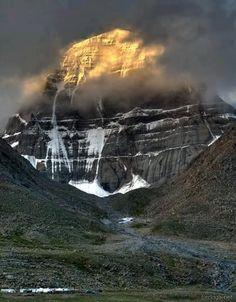 Sunrise at Mount Kailash!