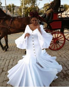 Flamenco Skirt, Flamenco Dancers, International Fashion, Belly Dance, Look Fashion, Frocks, Wedding Day, Culture, Formal Dresses