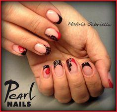 Francia körmök valentin-napra hangolva Matula Gabriellától. French nails in Valentines day feeling made by Gabriella Matula. #frenchnails #valentinesday #pearlnails #rosenails #nails #nailart #nailswag #nailstagram