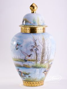 1 pc – Large Vase – height cm – Limited The Large Vase visualize the 'wild aquatic world' with wild ducks on panoramic landscape. Limited to: 25 pieces Herend China, Wild Waters, Water Life, Vases Decor, China Porcelain, Fine China, Ceramic Vase, Glass Vase, Hand Painted