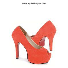Freelined High Heel - IDR240.000 Sepatu wanita high heel model elegant. #sepatuwanita #sepatuhighheel