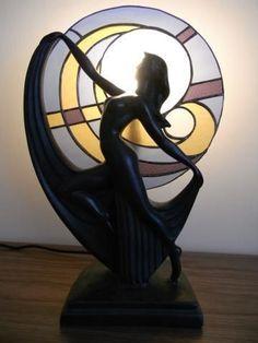 Art Deco Lamp (maybe Art Nouveau instead? Lampe Art Deco, Art Nouveau Furniture, Stained Glass Lamps, Art Deco Lighting, Antique Lamps, Art Deco Era, Art Deco Design, Art Deco Fashion, Glass Art