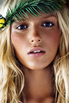 Summer Make-up with a natural beauty look to complement the lingerie photoshoot #GossardPinspiration