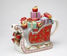 Christmas Victorian Harvest Teapot in shape of sleigh packed full of wrapped gifts from Santa Claus, ceramic