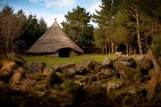 """marjoleinhoekendijk: """" cabinporn: """" Bodrifty Roundhouse in West Cornwall, UK. Contributed by Emma Mustill. """" ☽☉☾ Pagan, Viking, Nature and Tolkien things ☽☉☾ """" West Cornwall, Devon And Cornwall, Paris Hilton, Medieval World, Winter Cabin, Cabins And Cottages, Round House, Cabins In The Woods, Gazebo"""