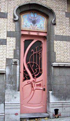art nouveau or deco? Cool Doors, Unique Doors, The Doors, Windows And Doors, Front Doors, Grand Entrance, Entrance Doors, Doorway, Art Nouveau Architecture
