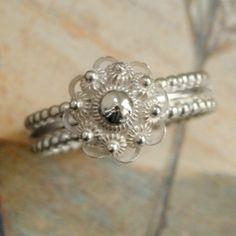 Zeeuwse knoop ring/ local jewerly