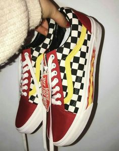 Shop new-season looks from the latest range of men's, women's and kids' shoes, clothes and backpacks at Vans. Get FREE delivery & returns UK-wide. Custom Shoes, Vans Custom, Vans Old Skool Custom, Vans Shoes Old Skool, Dream Shoes, Mode Inspiration, Sock Shoes, Women's Shoes, Vans Shoes Fashion