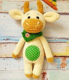 Mesmerizing Crochet an Amigurumi Rabbit Ideas. Lovely Crochet an Amigurumi Rabbit Ideas. Amigurumi Doll Pattern, Crochet Amigurumi Free Patterns, Crochet Dolls, Crochet Gratis, Free Crochet, Stuffed Animal Patterns, Crochet Animals, Crochet Projects, Bull Cow