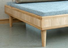 BED, oak  www.janbourquin.com