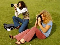 Jimmy Page & Robert Plant Led Zeppelin photographing