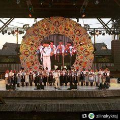 Krásny program úžasné zážitky... Jednoducho FolkLOVE Východná  @zilinskykraj .... #praveslovenske #slovensko #slovakia #tradicie #traditions #traditional #folklor #folklore #folkdance #folkmusic #ludovahudba #kroje #zabava #historia #history @slovakia.travel