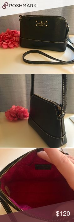 Kate Spade purse Crossbody Kate Spade purse, color is black, used but in great condition. kate spade Bags Crossbody Bags