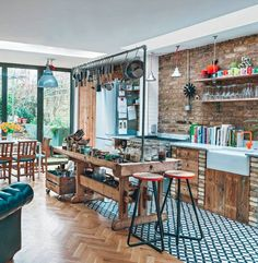 eclectic kitchen - Photograph by Jake Fitzjones via living etc. Eclectic Kitchen, Kitchen Interior, Kitchen Design, Kitchen Ideas, Apartment Kitchen, Kitchen Decor, Eclectic Style, Apartment Design, Loft Stil