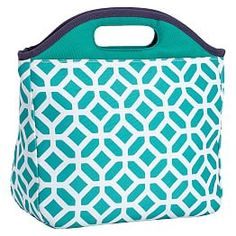 Lunch Boxes For Boys, Thermal Lunch Bags & Lunch Boxes | PBteen | PBteen Thermal Lunch Bag, Insulated Lunch Bags, Healthy School Lunches, School Lunch Box, Teen Boxing, Girls Lunch Boxes, Middle School Supplies, Bags For Teens, Lunch Tote