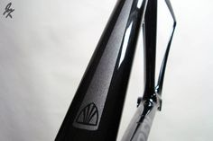Glossy black Madone with grey metallic highlights/logos. Trek Madone, Bicycle Painting, Bicycle Brands, Custom Bikes, Custom Paint, Bicycles, Highlights, Metallic, Shoulder Bag