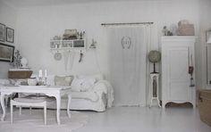 total white shabby shic living room