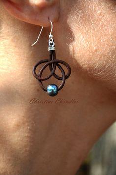 Items similar to De perles et boucles d'oreilles - 1 Perle Rose Bud Brown de…