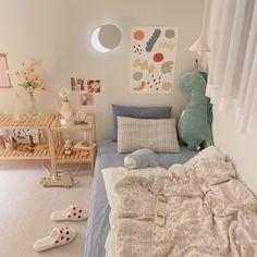 Room Design Bedroom, Room Ideas Bedroom, Small Room Bedroom, Bedroom Decor, Korean Bedroom Ideas, Cute Room Ideas, Cute Room Decor, Pastel Room, Pastel Decor