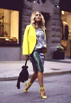 what-do-i-wear: Skirt from H M Trend / Sweater from Gina Tricot / Shoes from H M / Jacket from H M / Bag from Gina Tricot (image: angelicablick) Moda Fashion, I Love Fashion, Passion For Fashion, Autumn Fashion, Womens Fashion, Yellow Fashion, Street Style, Street Chic, Street Fashion