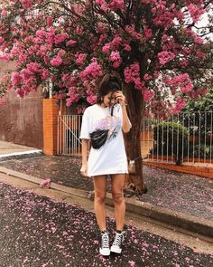 In the long run, it can become one of the most rewarding types of photography … … – girl photoshoot Model Poses Photography, Tumblr Photography, Photography Ideas, Hipster Photography, Story Instagram, Instagram Pose, Foto Casual, Insta Photo Ideas, Fashion Mode