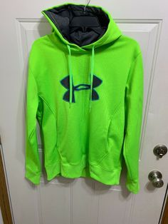 Under Armour NWT Girl/'s Youth Cold Gear Loose Fit Crew Sweatshirt Aqua Size S L