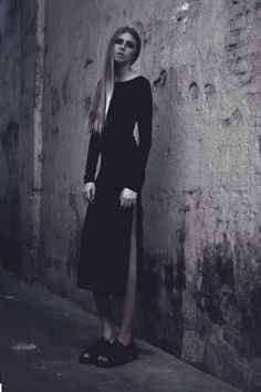 Alia B Pre-Fall 2014  Fitted mid-length dress with open back and slit.
