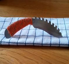 "10"" Saw Blade Knife with paracord wrapped handle"