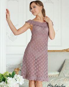 Авторское платье . Каждый из нас, начиная вязать, пробует «путать нитки» во все