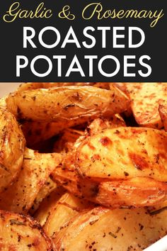 Potato wedges seasoned with rosemary, garlic and other spices, tossed with olive oil then baked until tender and crispy. All Recipes Chili, Ark Recipes, Apple Crisp Recipes, Potato Recipes, Hamburger Recipes, Yummy Recipes, Cooking Recipes, Roasted Potato Wedges, Potato Wedges Recipe