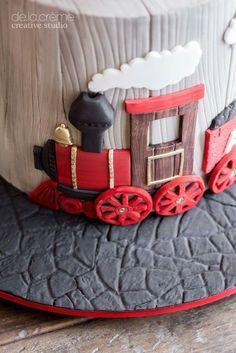 DeLaCreme Studio: A Choo Choo. Easy Birthday Desserts, Dessert Table Birthday, Baby Boy Cakes, Cakes For Boys, Birthday Desert, Cake Designs For Kids, Trains Birthday Party, Train Party, Just Cakes