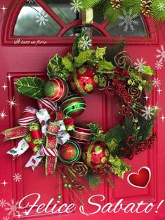 Below are the Christmas Wreath Decoration Ideas For Your Front Door. This post about Christmas Wreath Decoration Ideas For Your Front Door was posted under the Outdoor category by our team at February 2019 at pm. Christmas Flower Arrangements, Christmas Flowers, Christmas Bows, Christmas Crafts, Christmas Ideas, Christmas Wreaths With Lights, Christmas Decorations To Make, Holiday Wreaths, Holiday Decorating