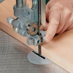 Essential Band Saw Skills. Woodsmith Tips #woodworkingplans #WoodworkingTips