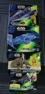STAR WARS FIGURES AND TOYS-NEW IN PACKS-PERFECT FOR CHRISTMAS! - $5 (LEAGUE CITY/KEMAH)