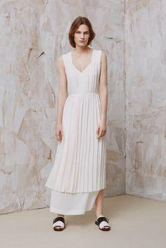 Edun | Resort 2016 | 18 White pleated sleeveless midi dress