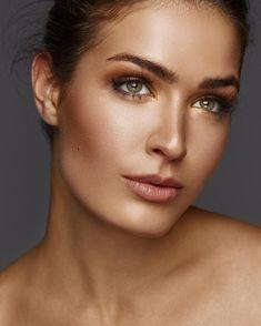 Παγάκια στο… πρόσωπο: 7 καταπληκτικές χρήσεις που καταπολεμούν την πρόωρη γήρανση.   Μυστικά ομορφιάς   mystikaomorfias.gr Hair Beauty, Makeup, Make Up, Beauty Makeup, Bronzer Makeup, Cute Hair