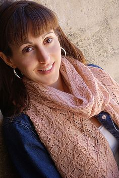 Ravelry: Clara Bows Stole pattern by Hélène Rush. New design using Cria Lace for yarn.